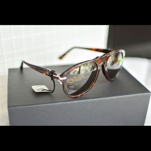 Persol Havana / Polarized Brown Sunglasses